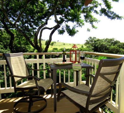 The Maui Cottage Deck